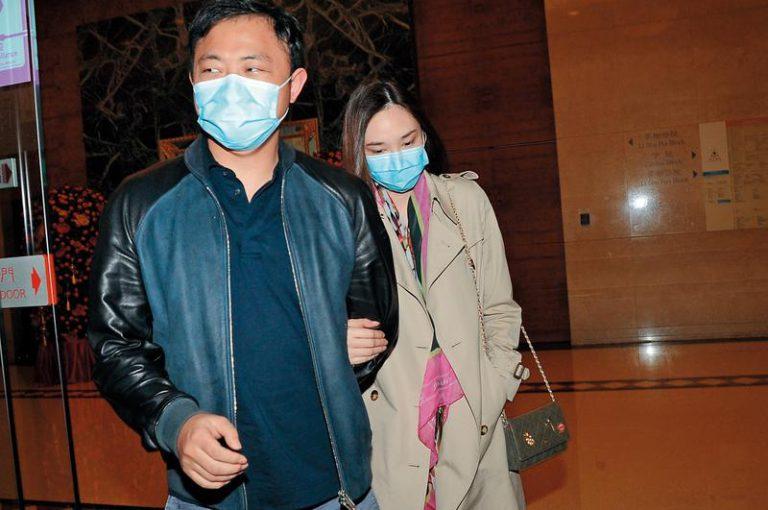 吳佩慈去年曾經稱紀曉波沒欠逄宇峰錢並且要反告他