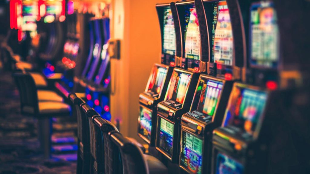 加拿大安省的賭場被允許開放供個人賭博