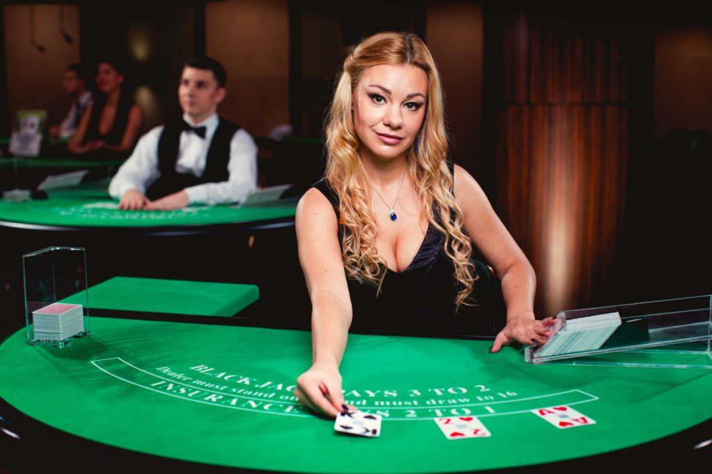 網絡賭場提供了比實體賭場更大量且豐富的遊戲